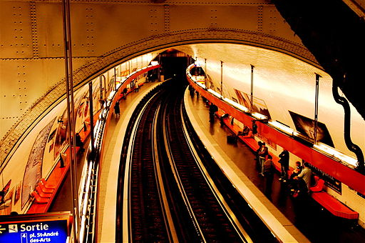 A_Paris_Metro_Station